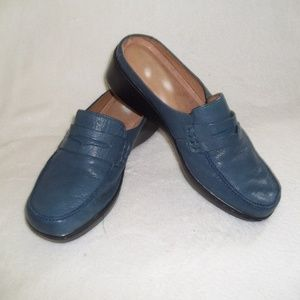 Easy Spirit Loafers in Blue Leather Sz 7.5